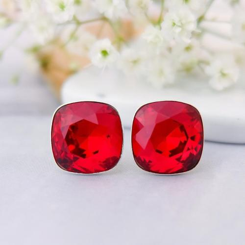 Cercei Argint 925, Cercei SWAROVSKI Crystals Brilliant Electric Red + CADOU Laveta profesionala pentru curatat bijuteriile din argint
