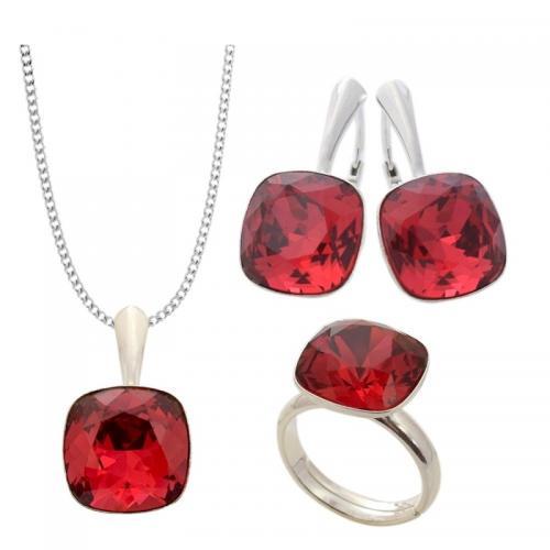 Set Argint 925 (Cercei, Inel, Lantisor si Pandantiv), Set SWAROVSKI Brilliant Scarlet + CADOU Laveta profesionala pentru curatat bijuteriile din argint